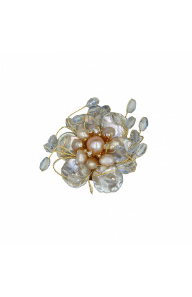 PEARL BROOCH WITH CRYSTALS