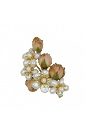ROSE PEARL BROOCH WITH SEMI-PRECIOUS STONES