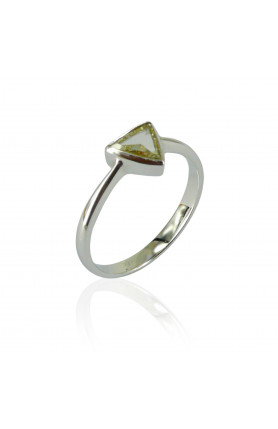 9KW FANCY DIAMOND RING