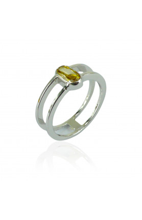 9KW FANCY YELLOW DIAMOND RING