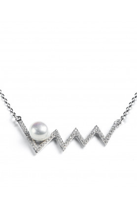 Waves Pearl Necklace
